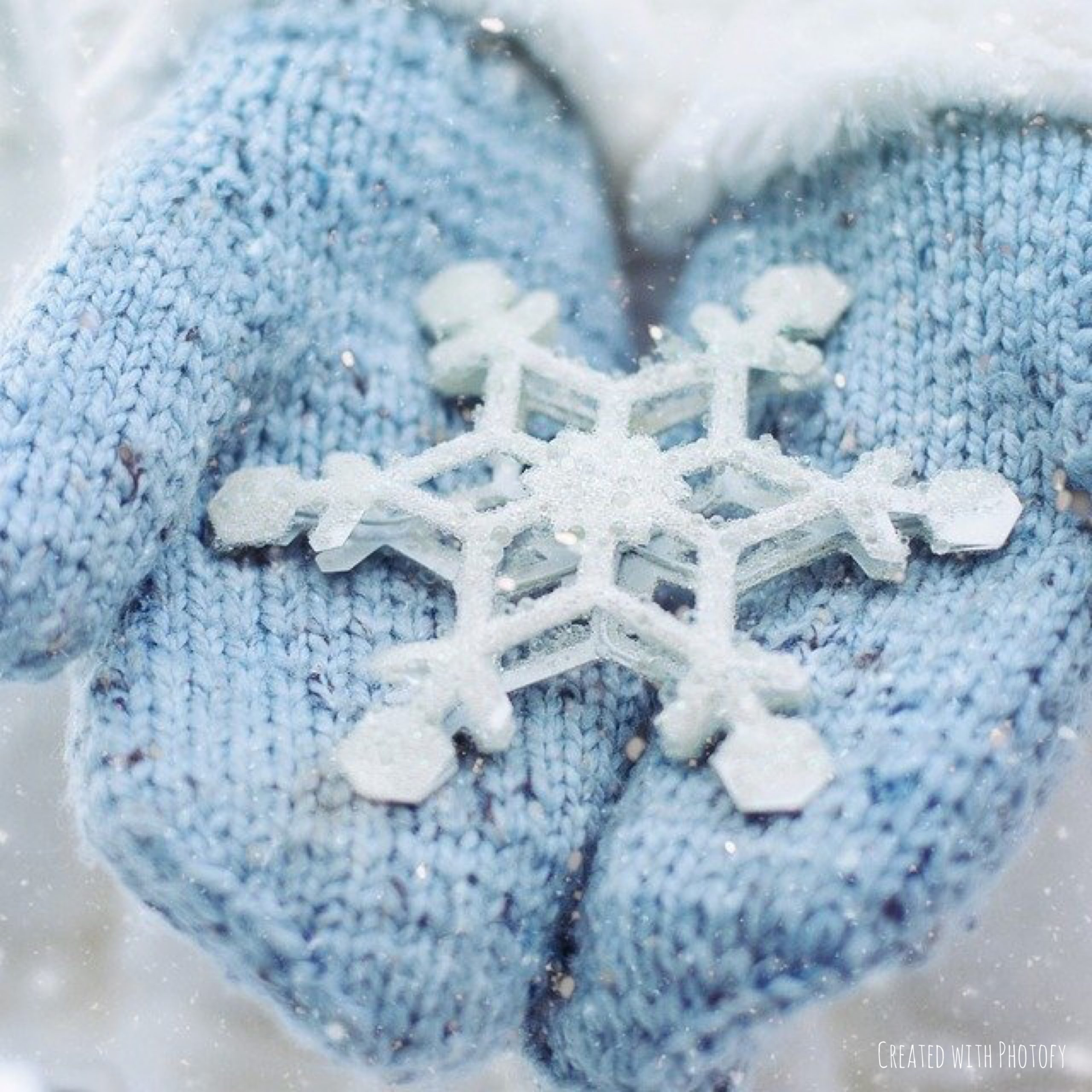 A Magnified Snowflake Makes the Holidays feel real